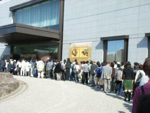 開館前から長蛇の列:東京国立博物館で「大琳派展-継承と変奏-」を観る