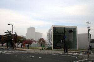 外観:十和田市現代美術館