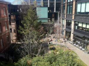 中庭:三菱一号館美術館で「ヴィジェ・ルブラン展」を観ました