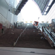 長~い、階段:京都駅をぶらぶらする
