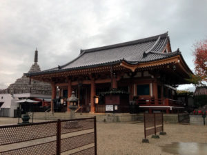 壬生寺本堂:壬生寺と京都の夜 - そうだ、京都に行ってきた