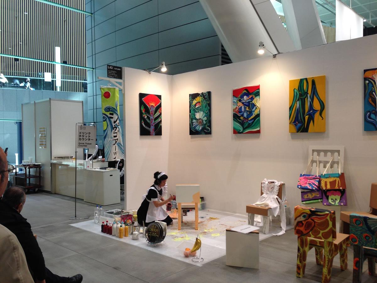 ライブで創作するアーティストも:東京国際フォーラムで東京アートフェア2014を見学