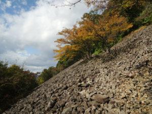 上山市の三吉山に登る - 2014年秋