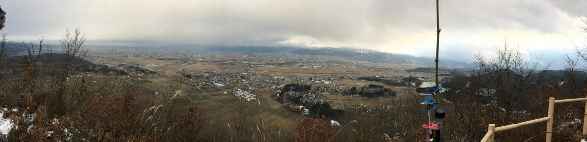 2017年1月1日、山形市の富神山山頂より