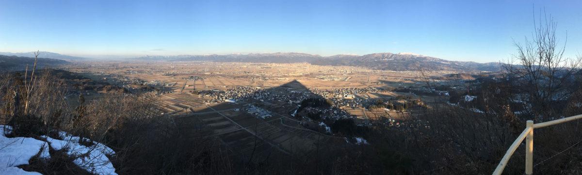 iphoneでパノラマ撮影:富神山の影 - 2018年3月