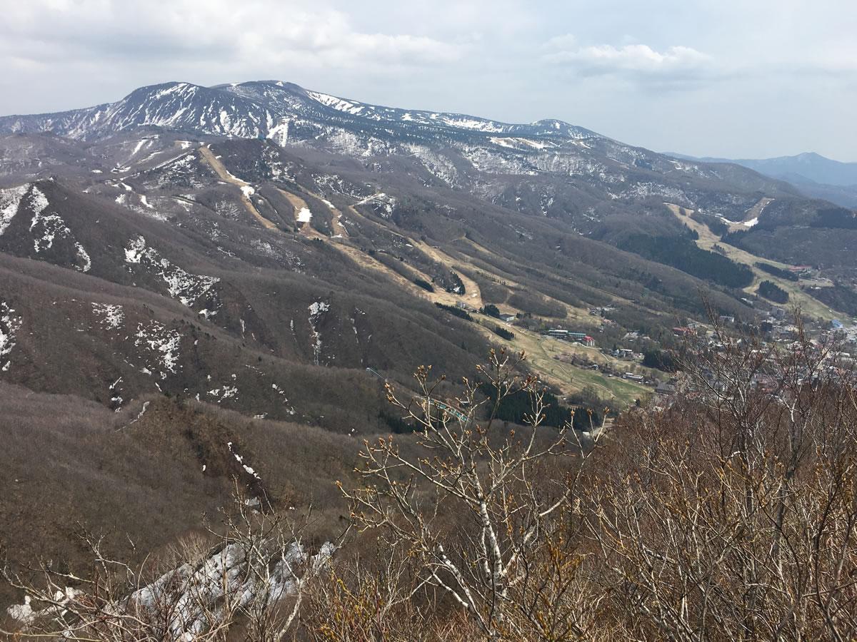 蔵王の瀧山に登る(おまけに大山桜) - 2018年春
