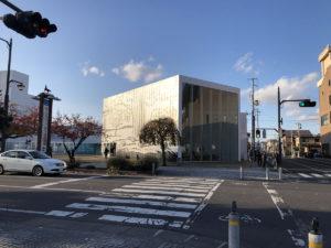壁面は「オクリア」ポール・モリソン:十和田市現代美術館